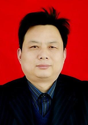 图为 信阳市残联副理事长 孙立亮