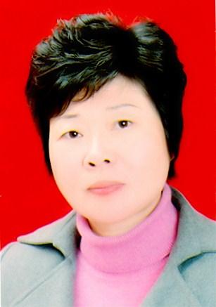 图为 信阳市残联副处级调研员 吴瑞丽