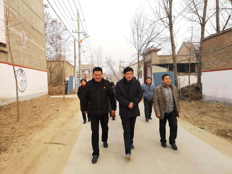 市残联领导深入分包贫困村,调研扶贫工作并看望驻村工作队