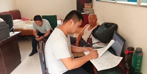 图为范县残联入村入户整改残疾人问题4