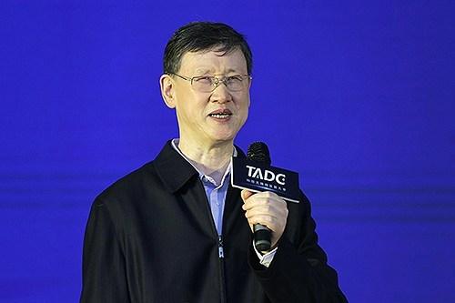 图为中国残疾人联合会副主席、中国盲人协会名誉主席李志军讲话