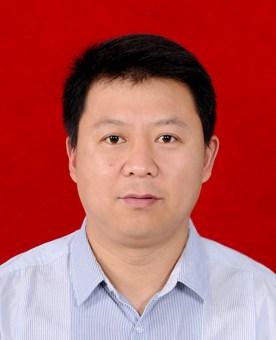 图为通许县残联党组成员、副理事长李刚