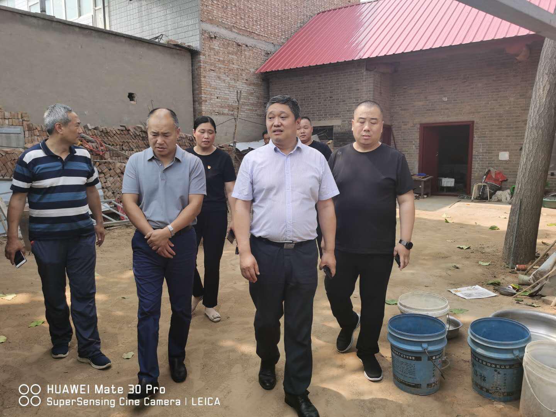 郑州市残联到中牟县指导无障碍改造工作